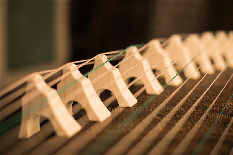 古筝琴弦是怎么制作的?